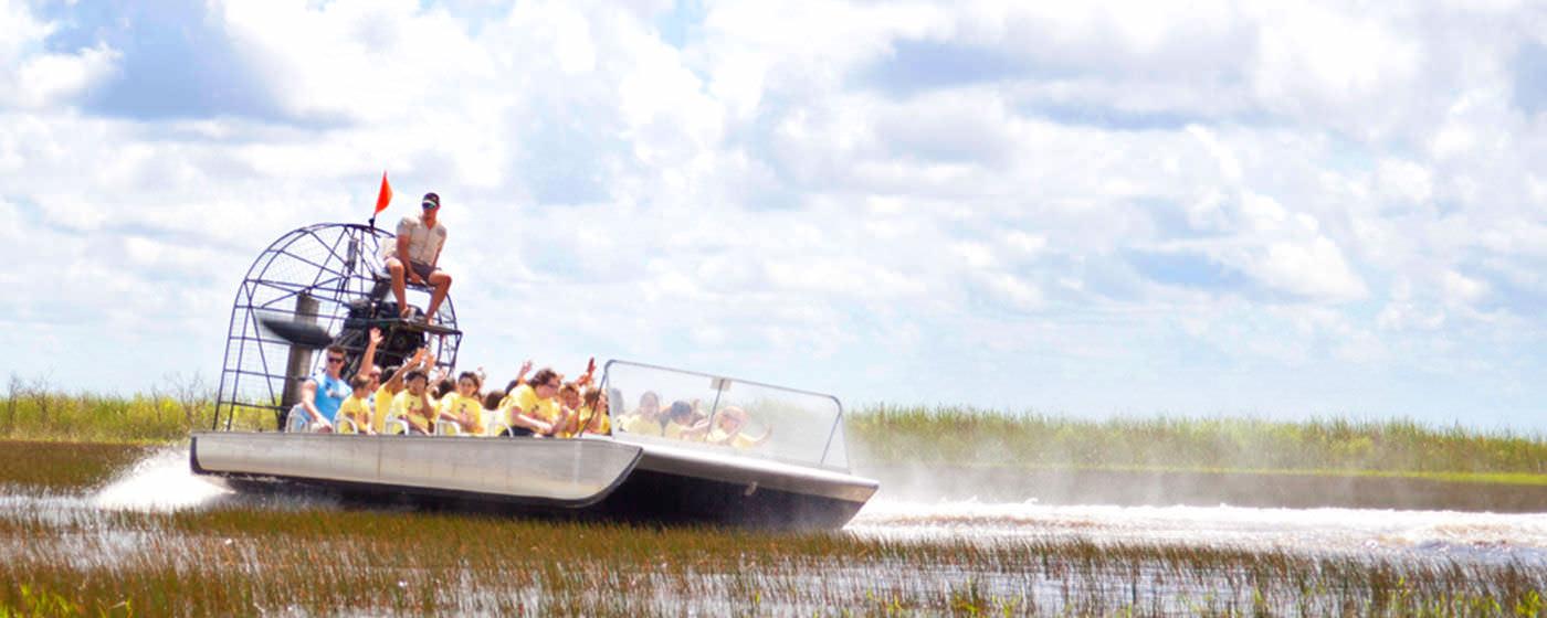Corsa sull'Everglades Airboat
