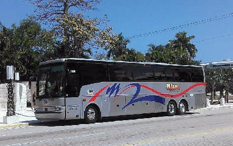 Rent a Tour Bus In Miami